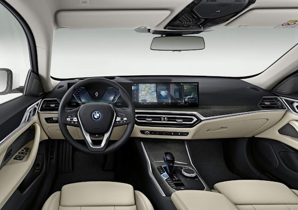 BMW i4 eDrive40 - interior - painel