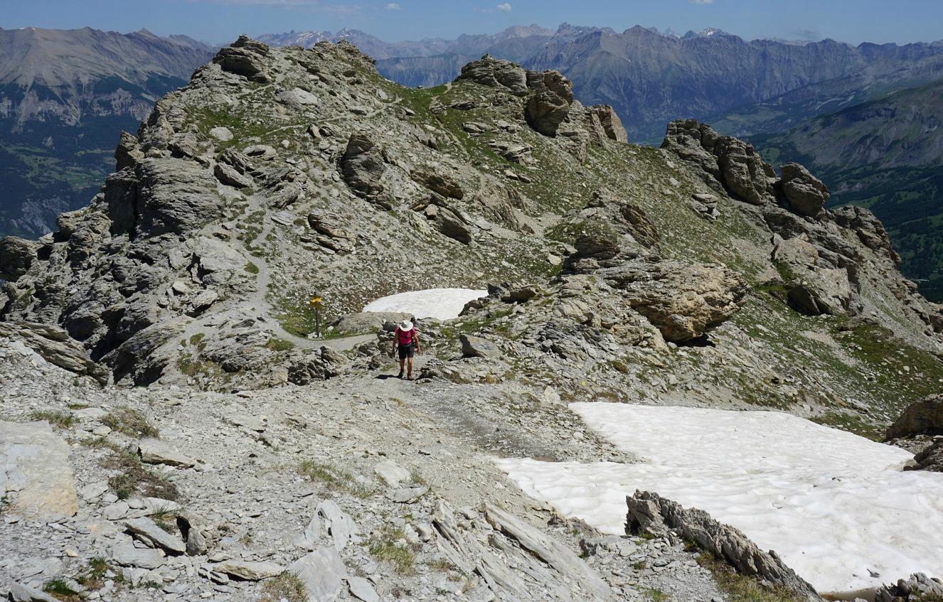 Last 10m climb to Chapeau de Geandarme summit