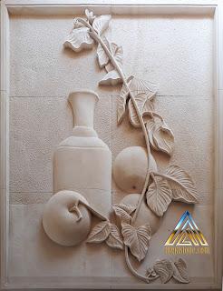 Relief gambar hidangan buah apel untuk hiasan dinding rumah.