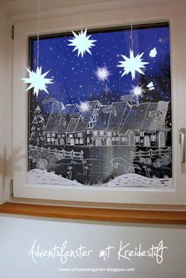 ein schweizer garten das adventsfenster fensterdeko mit kreidestift. Black Bedroom Furniture Sets. Home Design Ideas