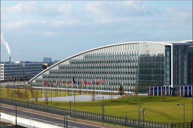 Οι 28 του ΝΑΤΟ καλούνται να αποφασίσουν με ποιον είναι