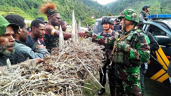 Aksi Heroik Prajurit TNI Lerai Perang Warga Kampung di Puncak Jaya