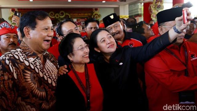 Makna Ganda Ajakan Mega ke Prabowo 'Tempur 2024'