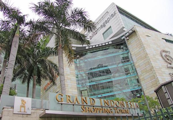 Cara Naik Kereta KRL Commuter Line ke Grand Indonesia