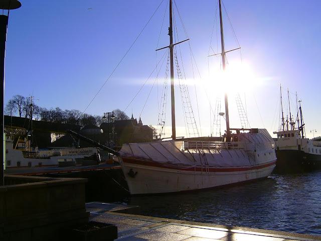 Oslo, sailing boats and Akershus Castle