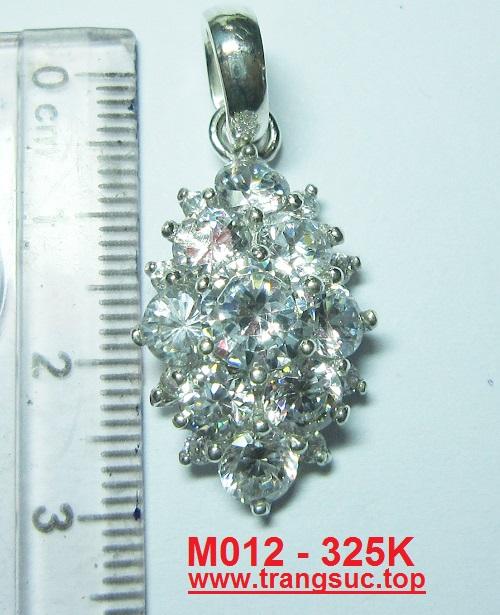 www.trangsuc.top - Mặt dây chuyền hoa văn tin xảo hình ovan - MSM012  - Giá: 325,000 VNĐ - Liên hệ mua hàng: 0906846366(Mr.Giang)