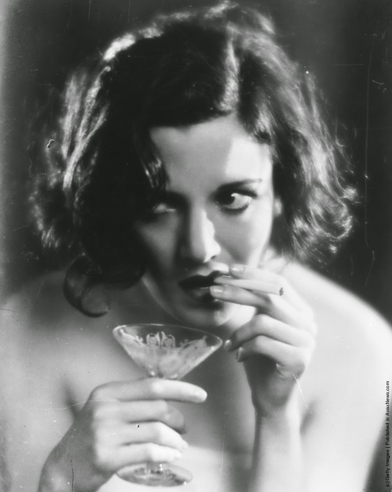 Pictures Of Women Smoking Cigarettes From The 1930s