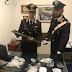 Castellana Grotte (Ba). I carabinieri arrestano pusher per spaccio ed a casa gli trovano un fucile a canne mozze rubato a Martina Franca (Ta)