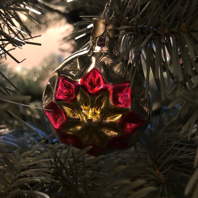 Chez Maximka, vintage Christmas ornaments