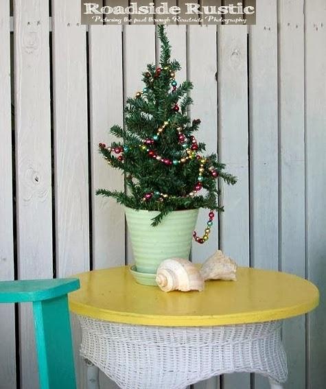 outdoor Christmas tree Tybee Island