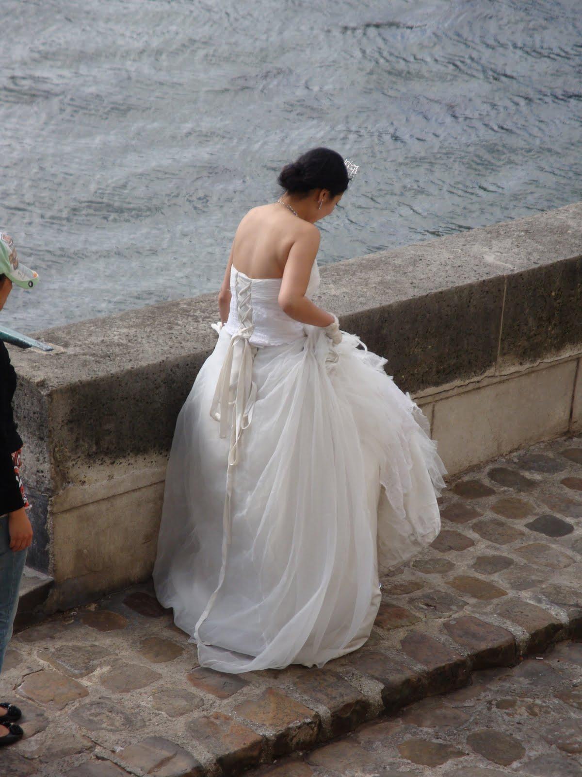 5dd7606138 Porque ese tiempo en el que los cuentos terminaban en el beso después de la  ceremonia