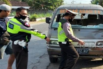 Nylonong Saat Nyebrang, Wanita Di Tulungagung Meninggal Tertabrak Mobil