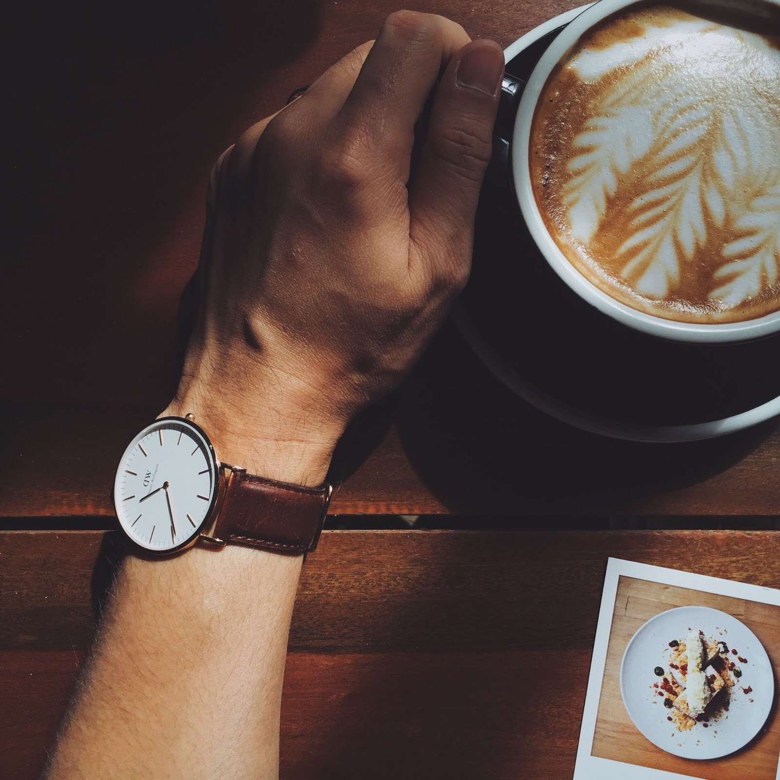 Wristwatch DP for Simple Boys