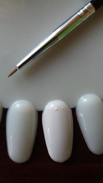 Jak zrobić muszelkę 3D na paznokciach hybrydowych?