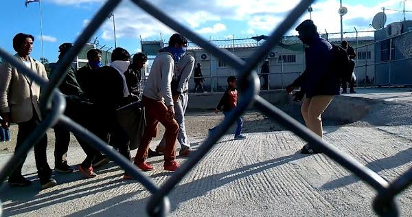 Λαθρομετανάστες επιτέθηκαν και τραυμάτισαν χωρίς λόγο, κάτοικο στη Χίο - Τρεις προσαγωγές [Βίντεο]