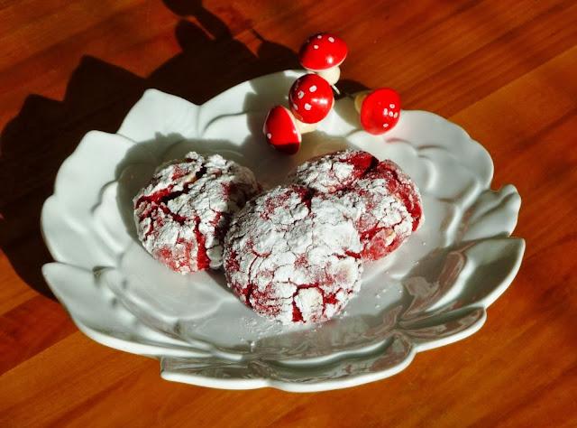 do you speak vegan red velvet crinkle cookies the sweet life. Black Bedroom Furniture Sets. Home Design Ideas