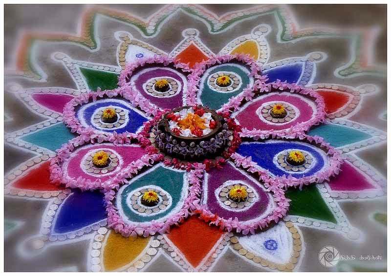 Rangoli Designs and Patterns with Lamps for Diwali 16