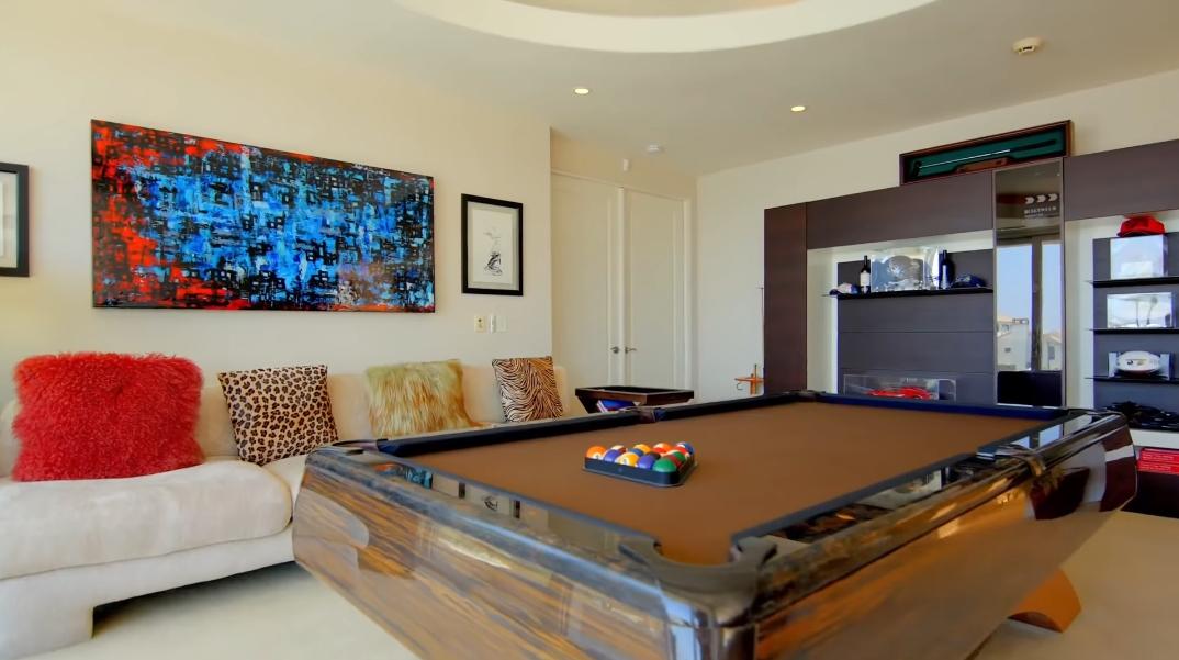 49 Interior Photos vs. 1 Buccaneer Way, Coronado, CA Luxury Home Tour