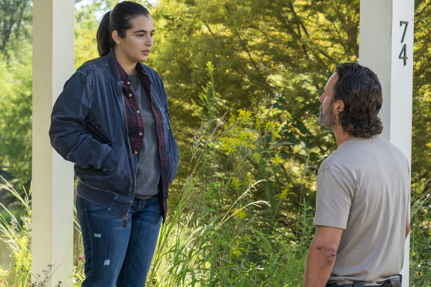 Tara y Rick en el episodio 7x12 de The Walking Dead Say Yes