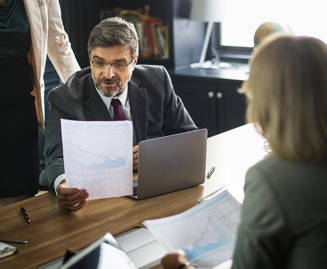 Cara Meningkatkan Keterampilan Komunikasi Anda di Tempat Kerja