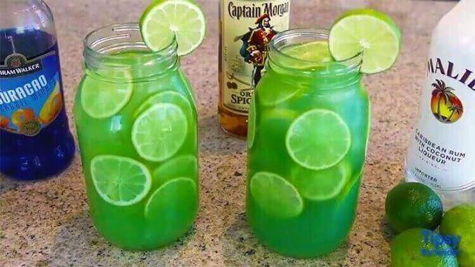 Mermaid Water  #healthydrink #easyrecipe #cocktail #smoothie