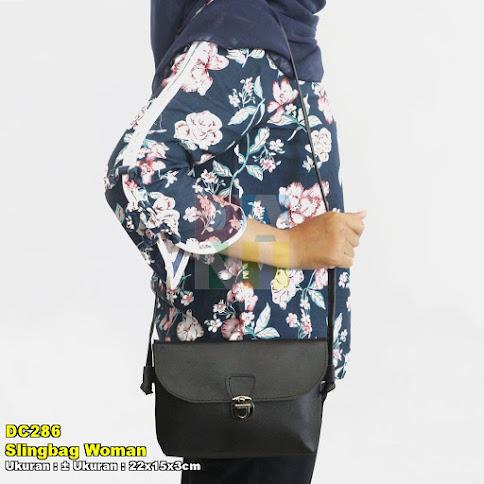 Slingbag Woman