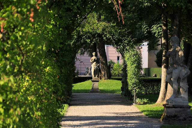Secret hidden garden St.Johanni Nuremberg