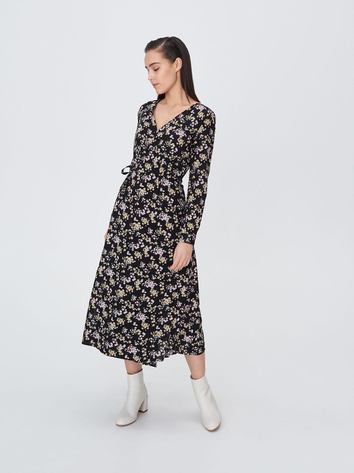 Szyfonowa sukienka z kopertowym dekoltem sinsay