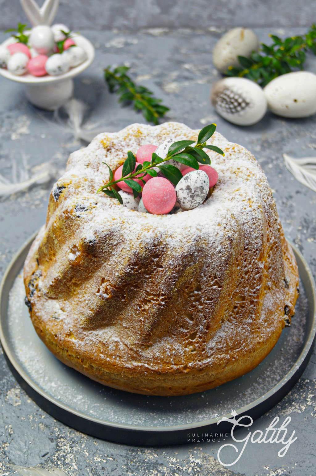 zolte-ciasto-z-jajkami