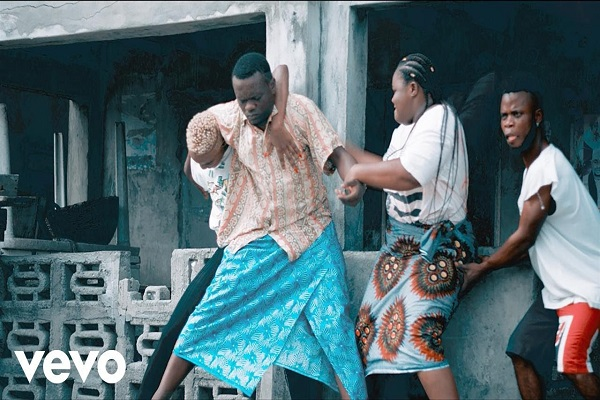 VIDEO : Kiss Daniel - No Do