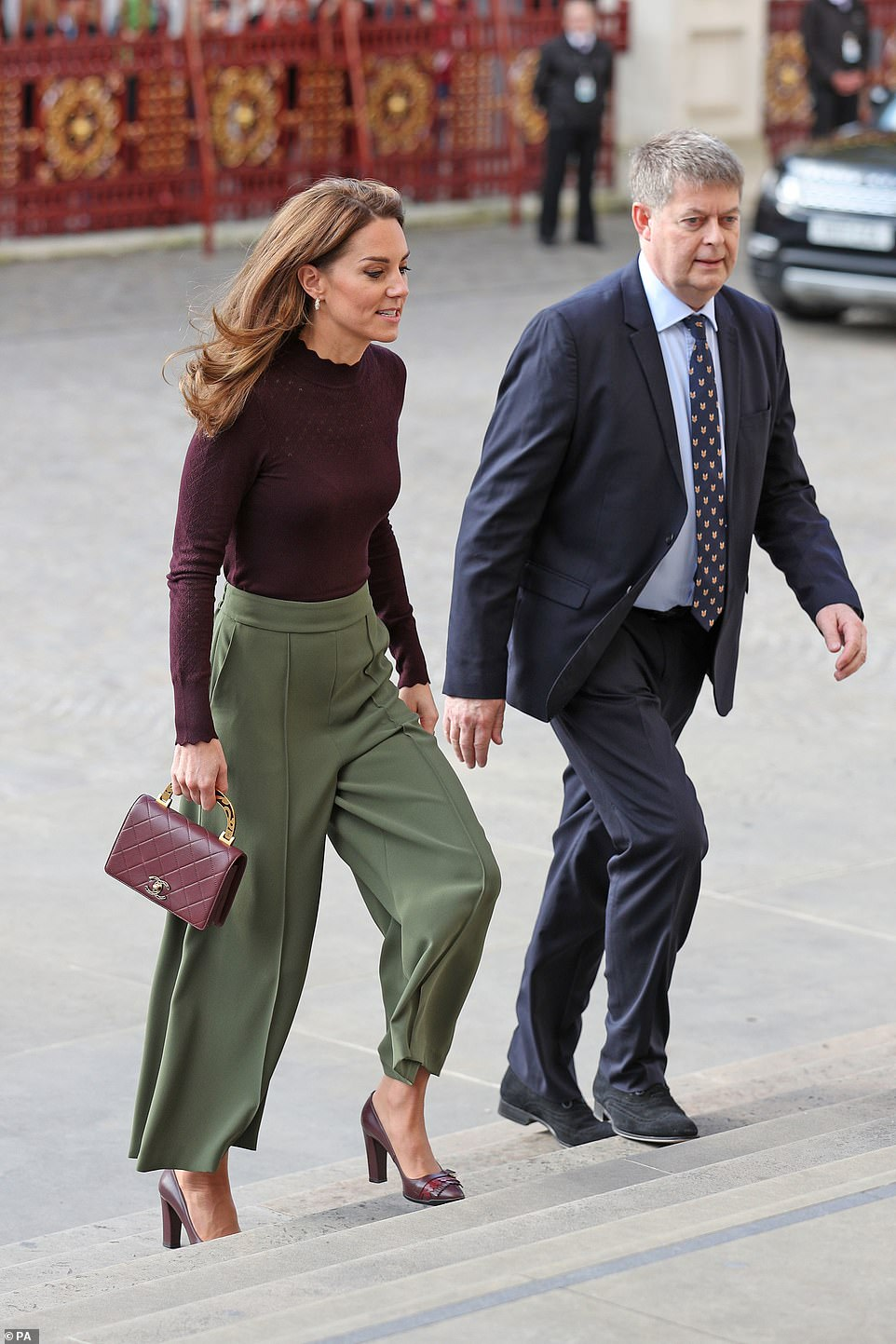 Kate Middleton Rocks the Perfect Fall Trouser