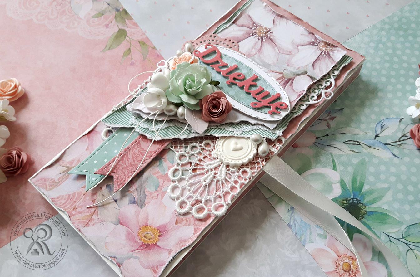 Kwiatowy czekoladownik vintage