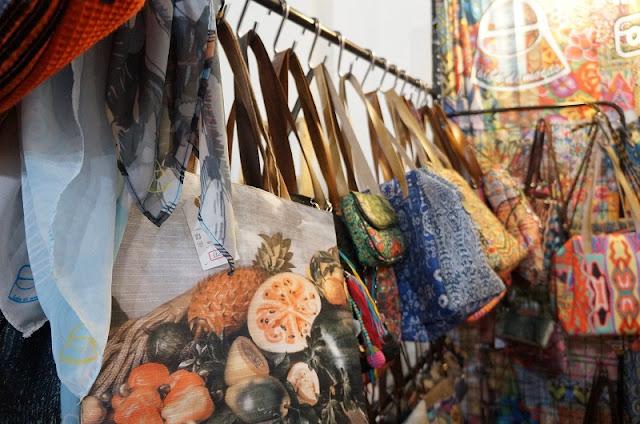 Bolsas e acessórios da Baba de Moças - Encontro de Criadores / Santos