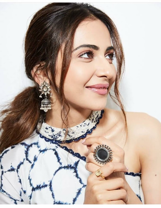 Rakul Preet Singh : Age, Wiki, Biography, Family, Height, Movies, Images