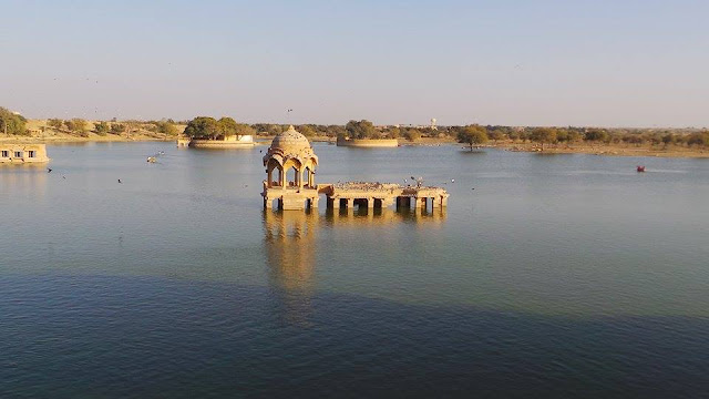 The Perfect 2 Days Jaisalmer Tour Itinerary, gadisar lake