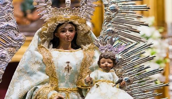 La hermandad del Pilar de Sevilla suspende el rosario de la aurora por el coronavirus