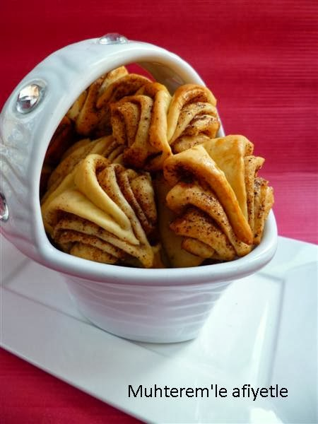 Tarçınlı Mayalı Çörekler