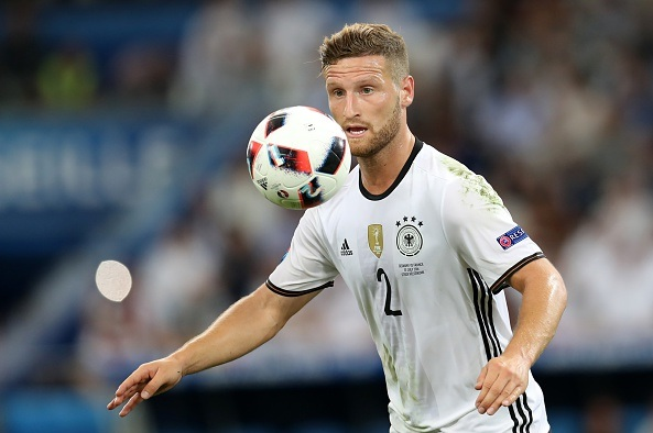 Arsenal in doubts over Shkodran Mustafi deal