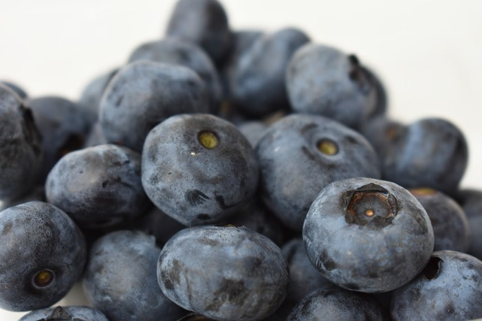 A close up of fresh blueberries