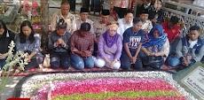 Ditemani Yenny Wahid, Mahasiswa Papua Ziarah ke Makam Gus Dur