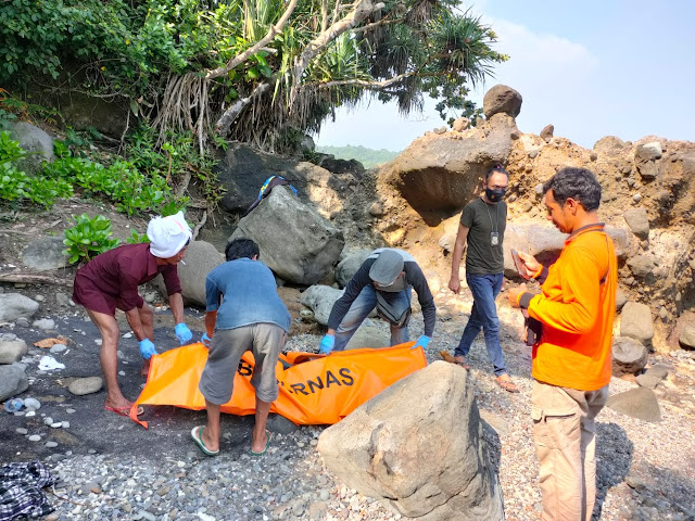 Fishermen found unidentified corpses on the edge of Cisela beach