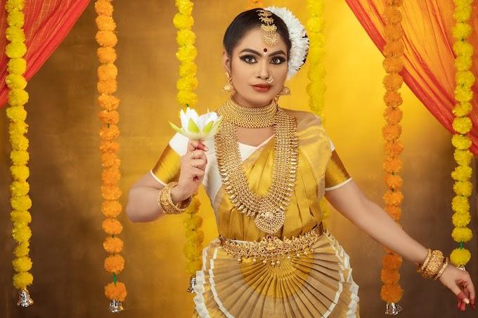 என்னா.... அழகு..! கேரள பெண்ணாகவே மாறிய சமையல் மந்திரம் திவ்யா; வைரல் போட்டோஸ்   Actress Divya Krishnan Latest Photos