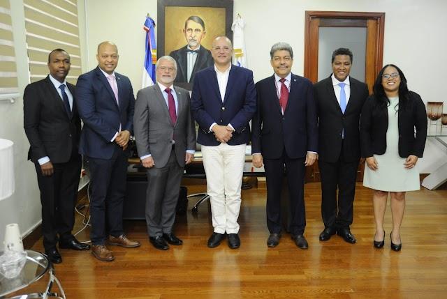 Fordham University agota agenda de trabajo y visitas oficiales en República Dominicana