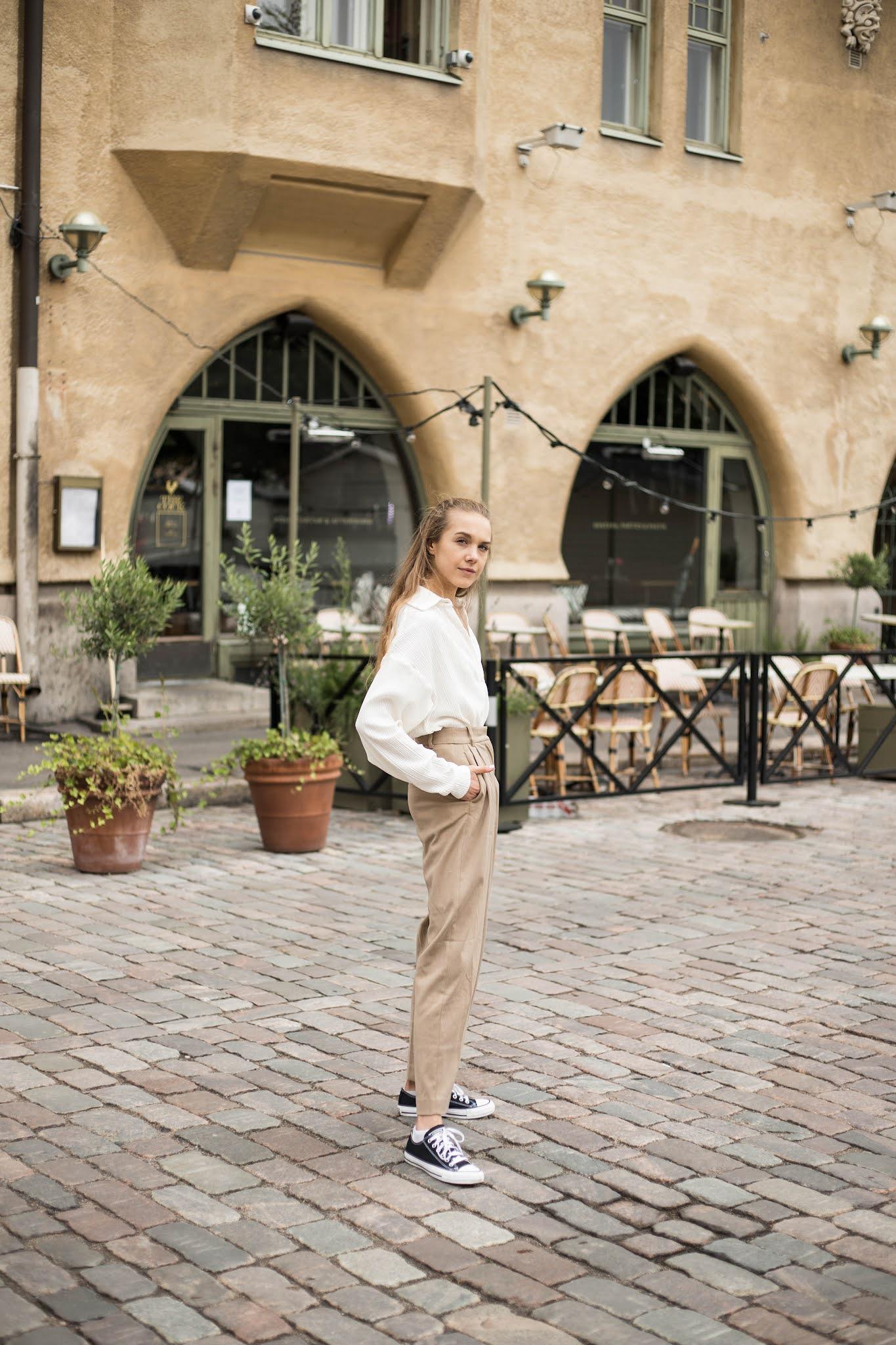 Syystrendit, valkoinen ribbattu paita // Autumn trends, white ribbed shirt