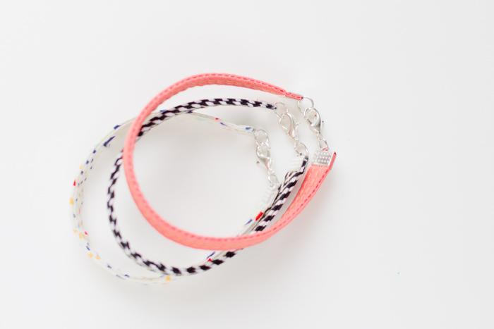 织物手镯|聪明的缝纫工程到upcycle织物废料