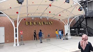 Tempat Nongkrong Ala Amerika di Broadway Flavor Bliss Alam Sutra - Kaum Rebahan ID