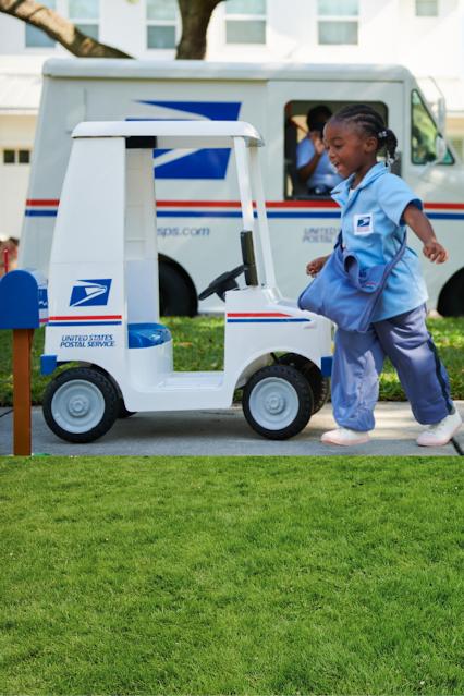 Kid Trax Postal Truck Ride On Preschool Toy