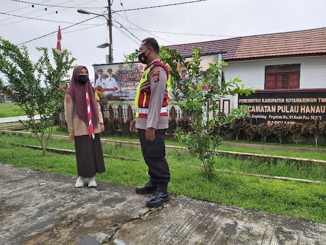 Bhabinkamtibmas Pulau Hanaut Melaksanakan Himbauan Tentang Protokol Kesehatan