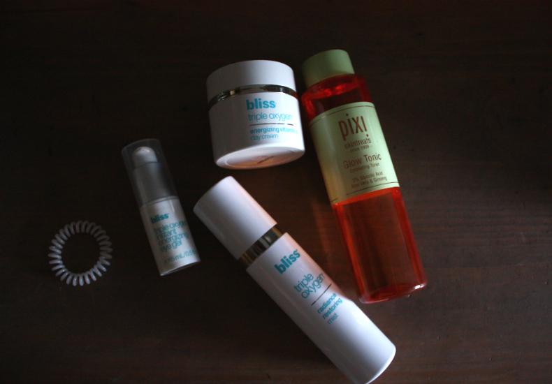 Morning Skincare Weekend Morning Routine Pixi Glow Tonic Bliss Skincare