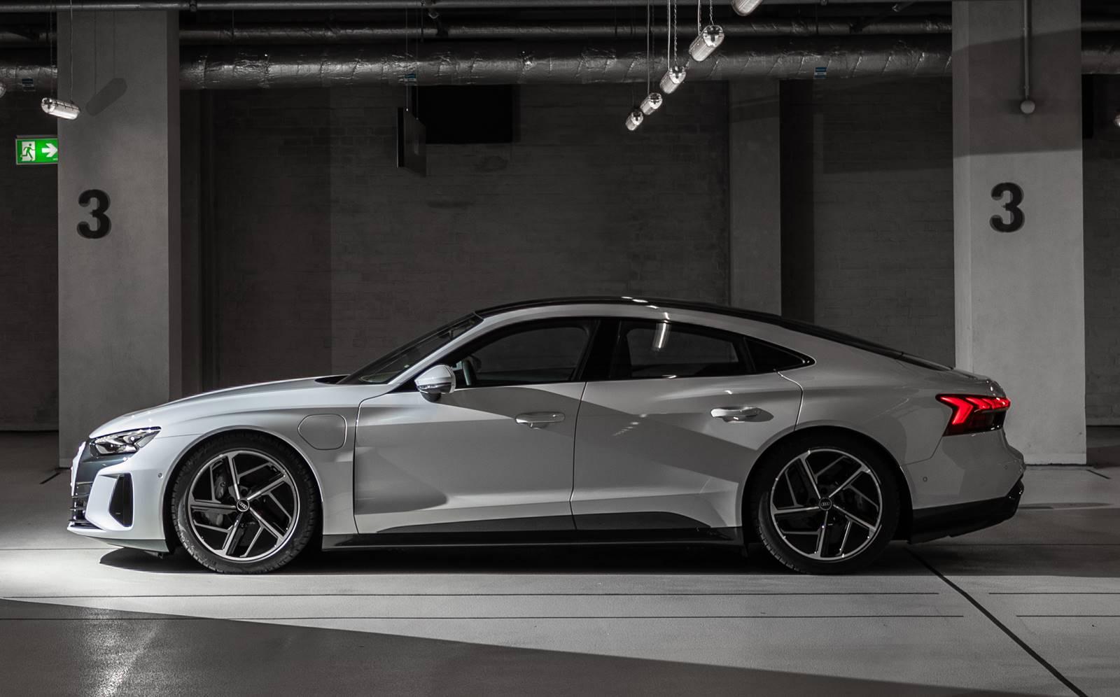 Audi registra disparada de vendas de modelos RS no Brasil